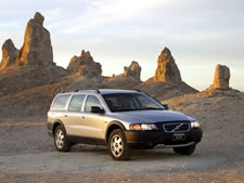 2004 volvo xc70 new car test drive by bob plunkett road. Black Bedroom Furniture Sets. Home Design Ideas